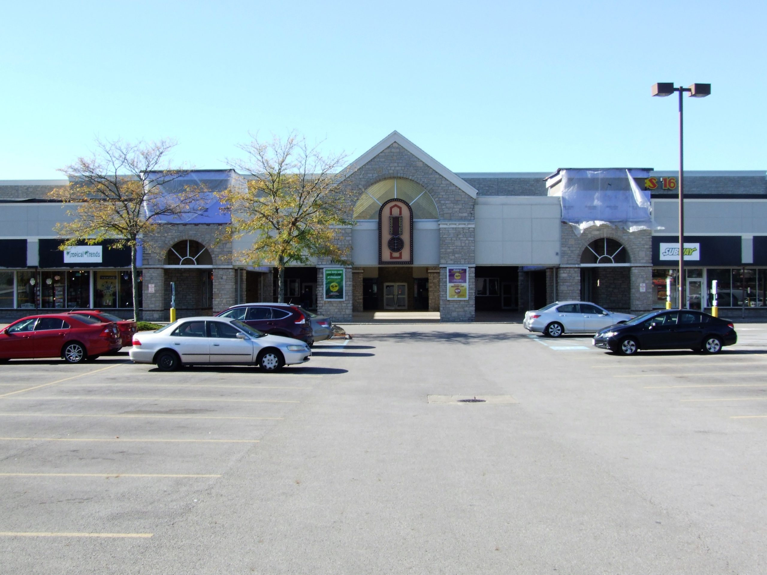StoneRidge Plaza